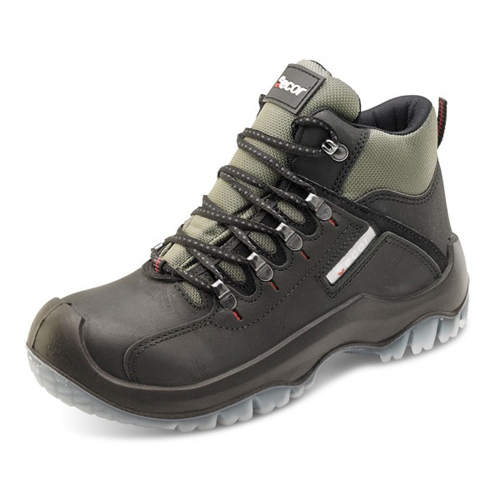 Traxion Boots Size 13 EU48 Black   200 Joule steel toe cap   Steel midsole protection   Shock Absorber heel   Fusion Office